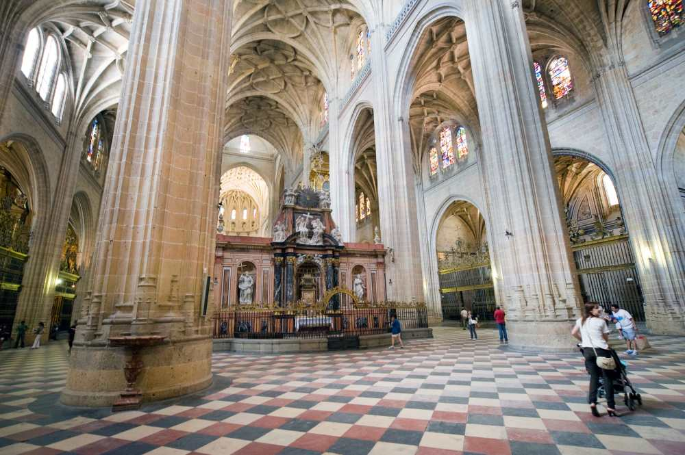 20110724_Segovia-Catedral-Interior_KAM6245